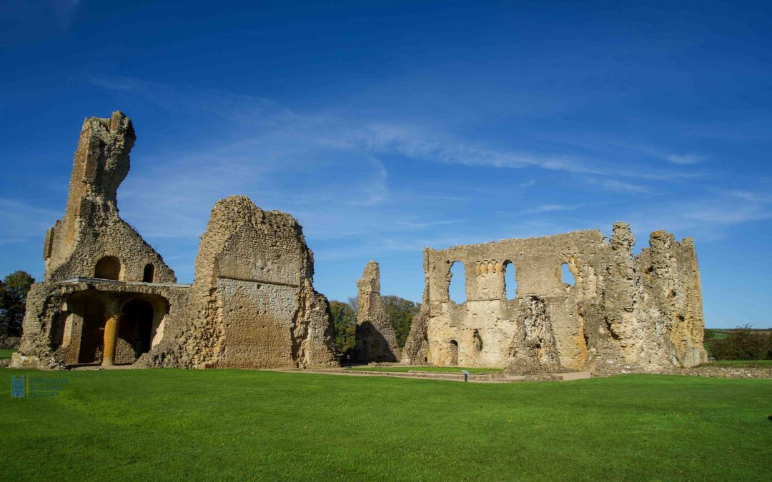Sir Walter Raleigh in Dorset Part 1: The Rising Courtier at Old Sherborne Castle